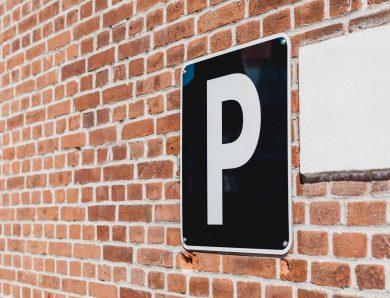 Systemy parkingowe – najważniejsze informacje