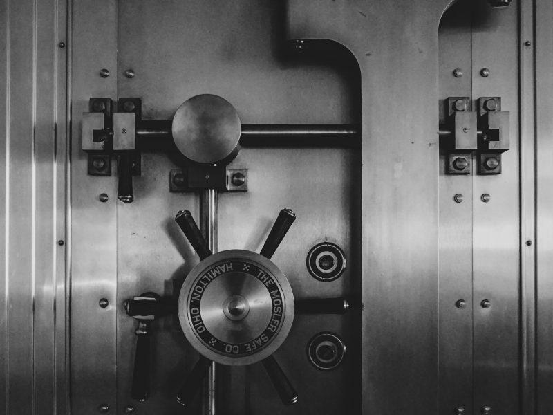 Skrytki sejfowe- maksymalne bezpieczeństwo przechowywania