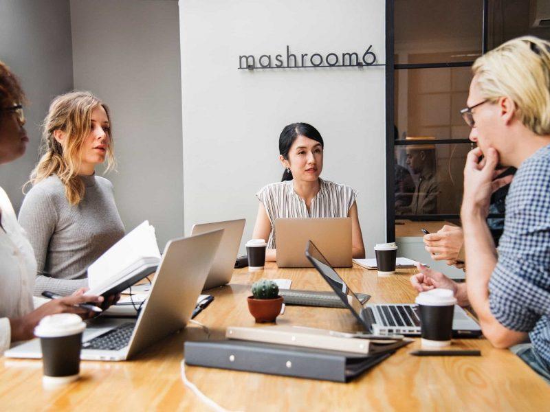 Na co zwrócić uwagę decydując się na usługi agencji pośrednictwa pracy ?